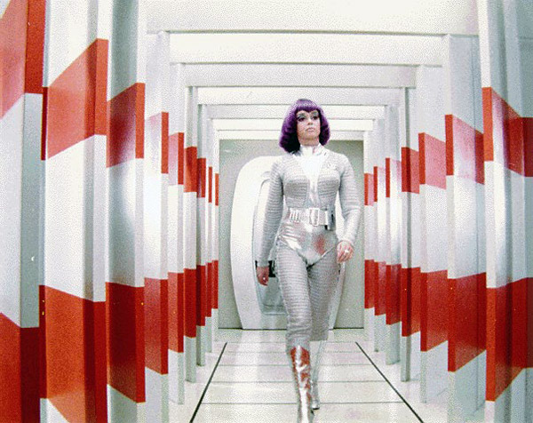 Lieutenant Ellis walking in the Moonbase corridors - UFO