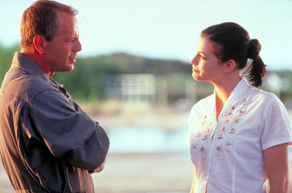 Harry Stamper is the best oil driller in the world. Here with his daughter Grace. - Armageddon