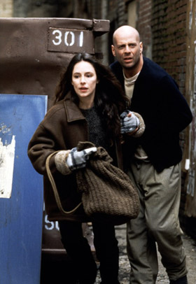 James Cole and Kathryn Railly - Twelve Monkeys