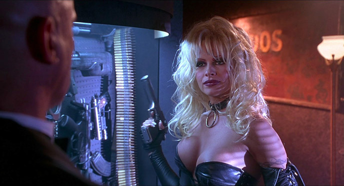 Photo de 'Barb Wire' - ©1996 Gramercy Pictures - Barb Wire (Barb Wire) - cliquez sur la photo pour la fermer