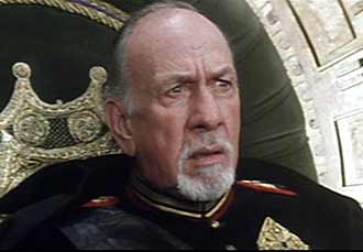 Emperor Shaddam IV wants the Atreides to be destroyed - Dune
