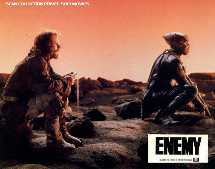 Photo de 'Enemy' - ©20th Century Fox Scan Scifi-Movies - Enemy (Enemy Mine) - cliquez sur la photo pour la fermer