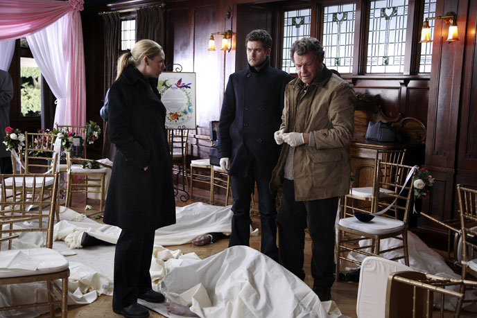 Photo de 'Fringe' - © Warner Bros Entertainment Inc - S2 - Fringe (Fringe) - cliquez sur la photo pour la fermer