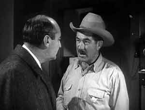 Wheeler wants the Sheriff to question Chace - The Giant Gila Monster