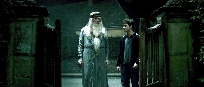 Photo de 'Harry Potter et le prince de sang-mêlé' - (c) 2008 Warner Bros. Ent (c) J.K.R publishing Rights - Harry Potter et le prince de sang-mêlé (Harry Potter and the Half-Blood Prince) - cliquez sur la photo pour la fermer