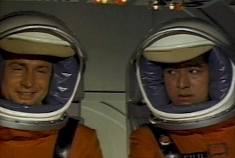 Astronauts Glenn and Fuji on the way to Planet X - Monster Zero (Kaijû daisensô)
