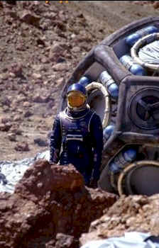 Crash of the Martian Capsule - Red Planet