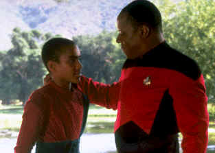 "Picture from episode ""Emyssary"" - Star Trek: Deep Space Nine"