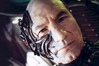 Picard among the Borg ? - Star Trek: First Contact (Star Trek: First Contact)