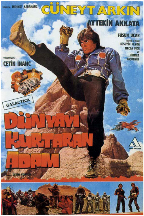 Turkish poster from the movie Turkish Star Wars (Dünyayi kurtaran adam)
