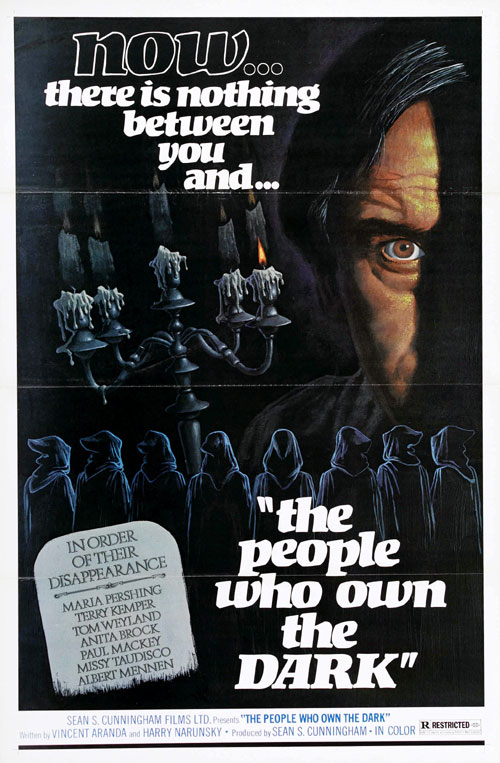 Affiche américaine de 'The People Who Own the Dark'