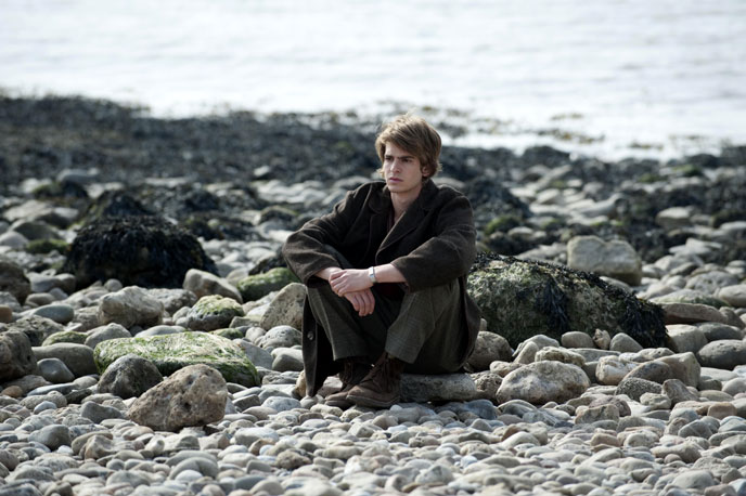 Photo de 'Never Let Me Go' - ©2010 Fox Searchlight Pictures - Never Let Me Go (Never Let Me Go) - cliquez sur la photo pour la fermer