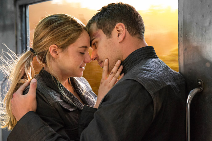 Photo de 'Divergente' - © 2014 Red Wagon Entertainment - Divergente (Divergent) - cliquez sur la photo pour la fermer