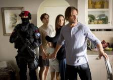 Still from 'Colony' - ©2016 Legendary Television - Colony (Colony)