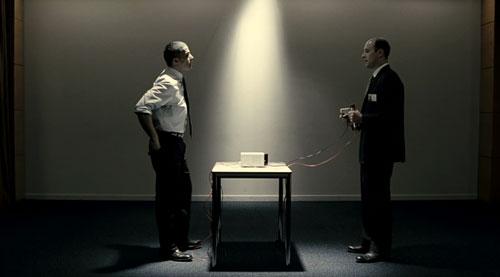 carr blanc de jean baptiste l onetti 2011 chronique dvd scifi movies. Black Bedroom Furniture Sets. Home Design Ideas